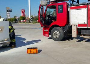 Tora Petrol Akaryakıt istasyonunda araç yangınına müdahale etti